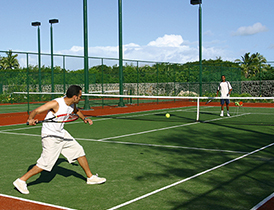 hotel-ile-maurice-constance-belle-mare-plage-tennis
