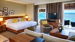 hotel-ile-maurice-outrigger-mauritius-beach-resort-suite-junior-front-mer